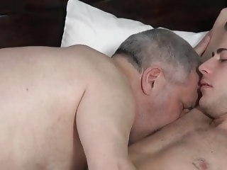 bear (gay) Virgin Twink Ass big cock (gay)